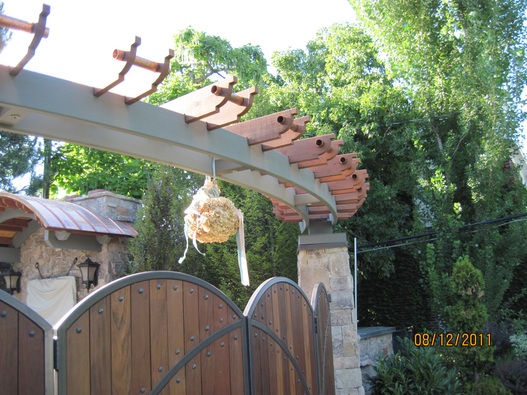 iron-anvil-pergolas-steel-wood-steel-richardson-14662-gate-6-3