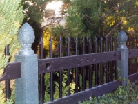 iron-anvil-fences-by-others-heavy-side-mount-2