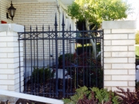 iron-anvil-fences-by-others-iron-by-others-035