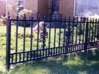 iron-anvil-fences-by-others-spear-and-small-dog-guard