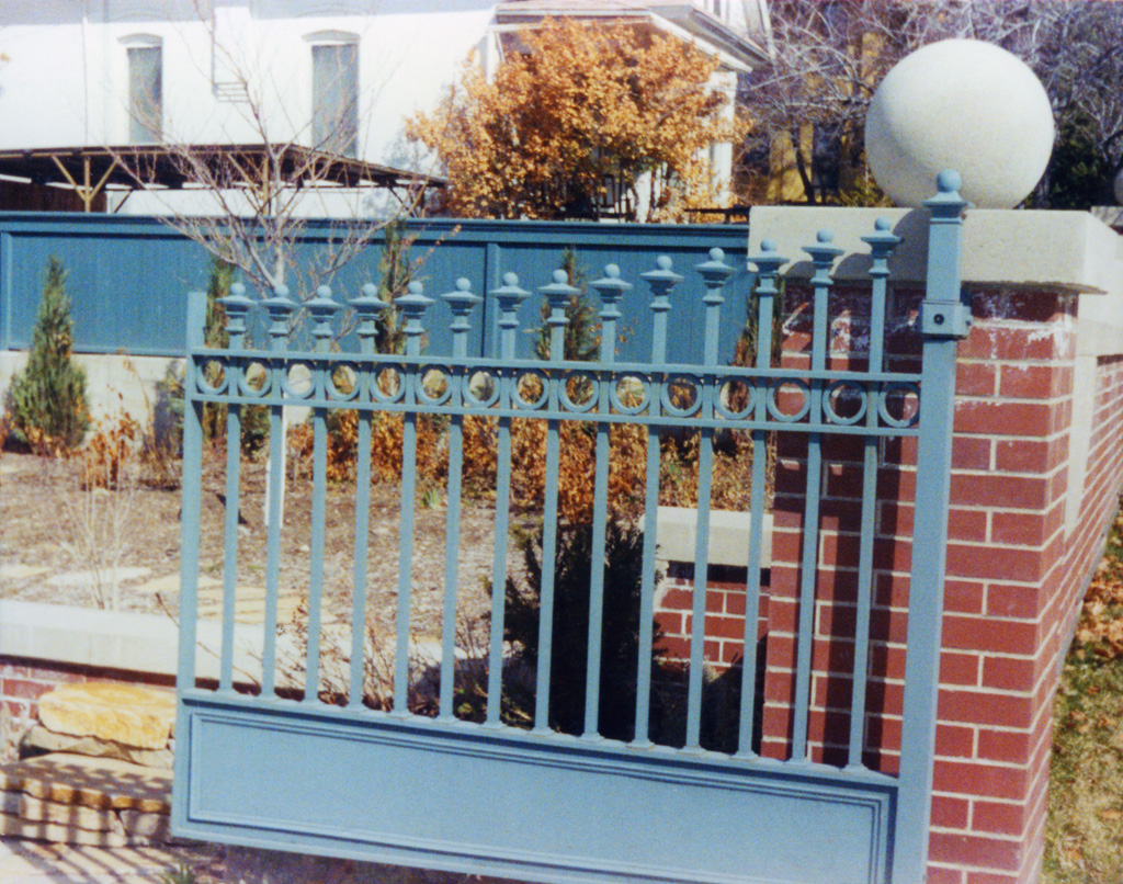 iron-anvil-gates-by-others-driveway-flat-north-temple