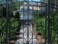 iron-anvil-gates-by-others-man-scroll-near-university-of-utah-1