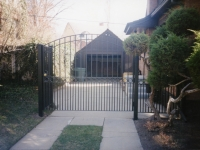 iron-anvil-gates-driveway-arch-avenues-salt-lake