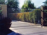 iron-anvil-gates-driveway-flat-5