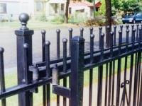 iron-anvil-gates-driveway-flat-driveway-01-2
