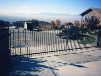 iron-anvil-gates-driveway-french-curve-karl-malone-02