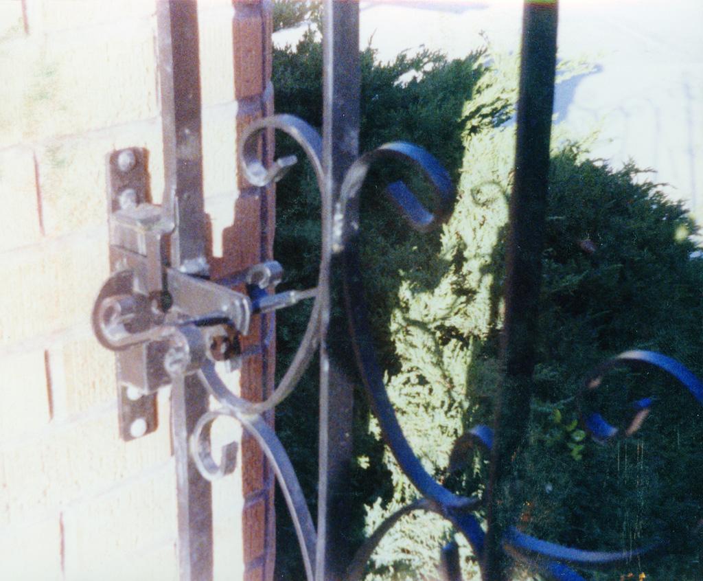 iron-anvil-gates-man-hardware-latch-gravity