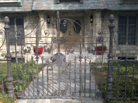 69-0065-Iron-Anvil-Gates-Man-Arch-GATE-FENCE-BY-OTHERS-99-