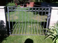 iron-anvil-gates-man-flat-daye-15611-00
