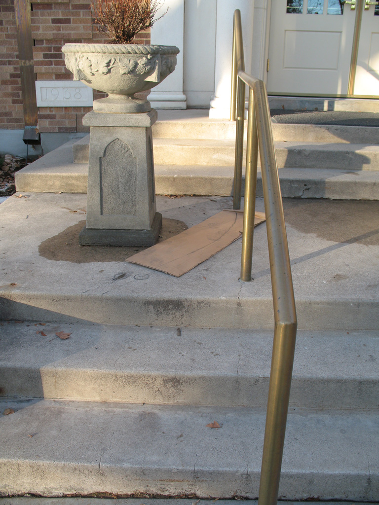 iron-anvil-handrails-post-mount-pipe-brass-garden-park-ward-harvard-yale-job-13944-6-1