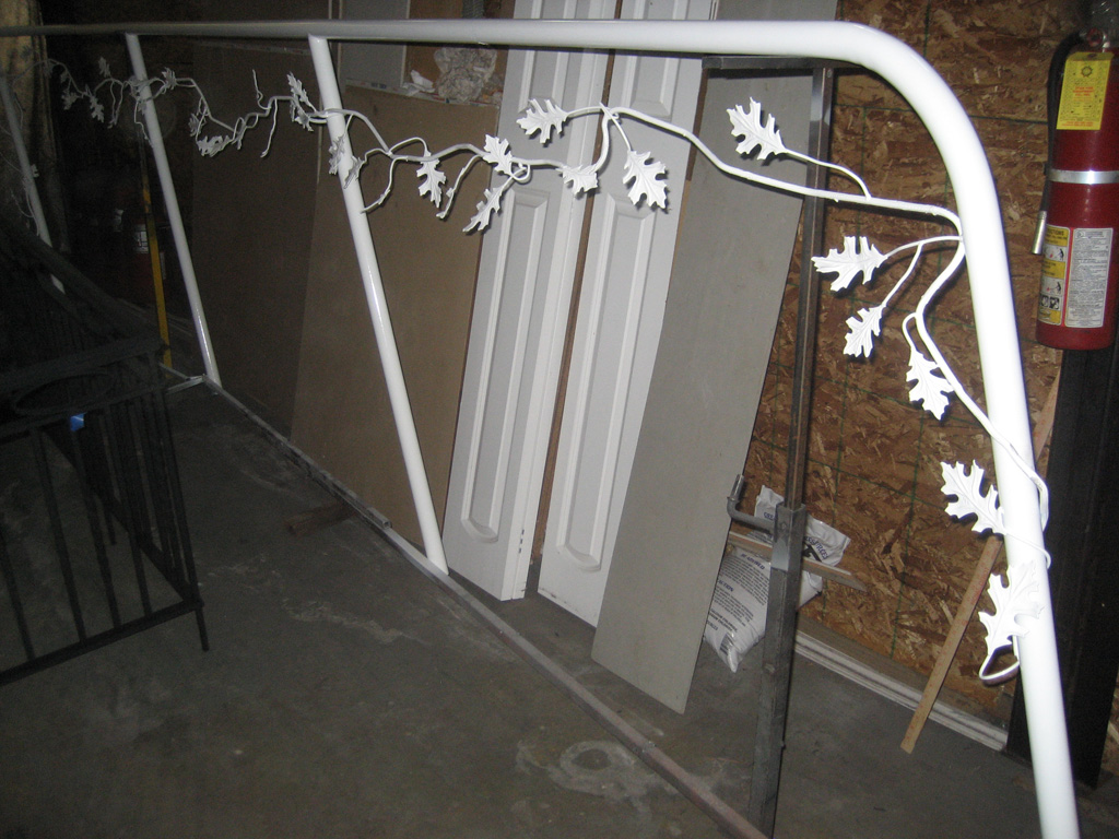 iron-anvil-handrails-post-mount-vine-xx-xx01-2