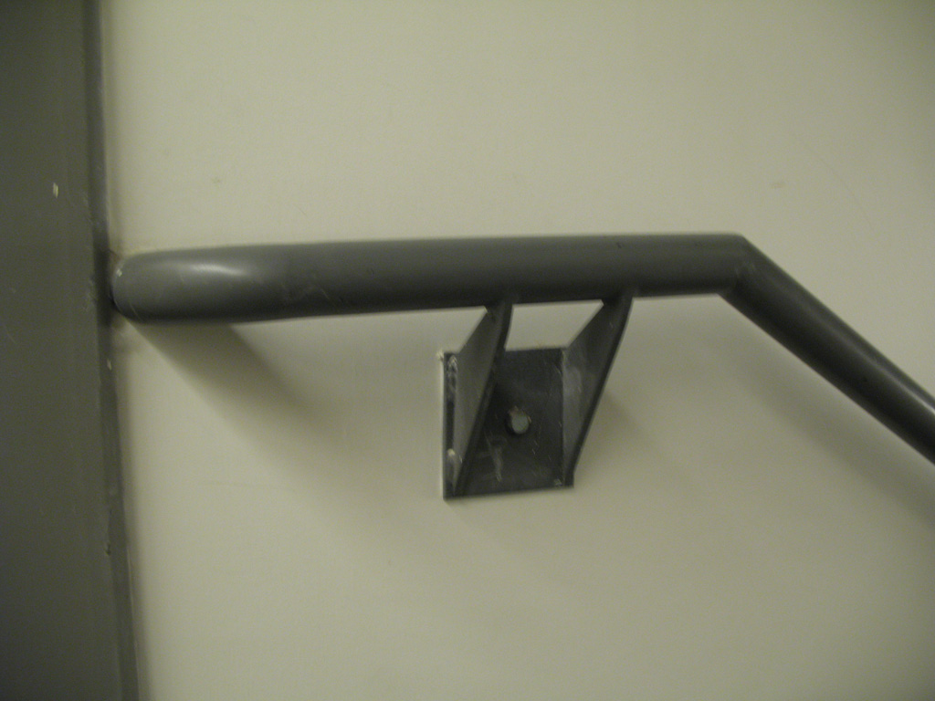 iron-anvil-handrails-wall-mount-brackets-pipe-salt-lake-hardware-2