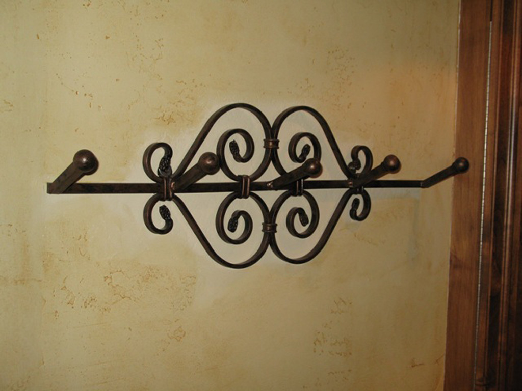 iron-anvil-other-items-bathroom-accessories-towel-bar