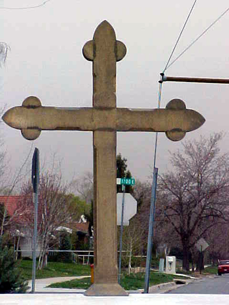 iron-anvil-other-items-religious-cross-brass-wasatch-presbyterian-1