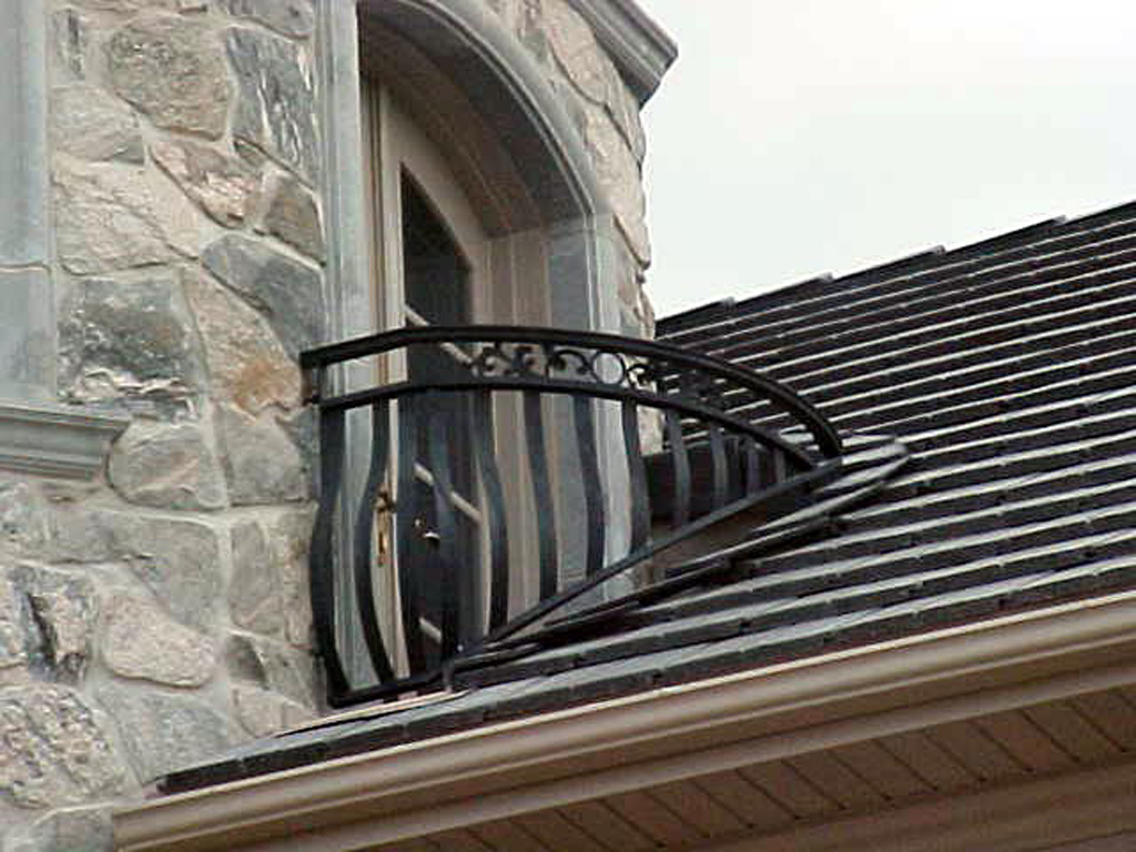 iron-anvil-railing-belly-rail-double-top-flat-bar-casting-park-city