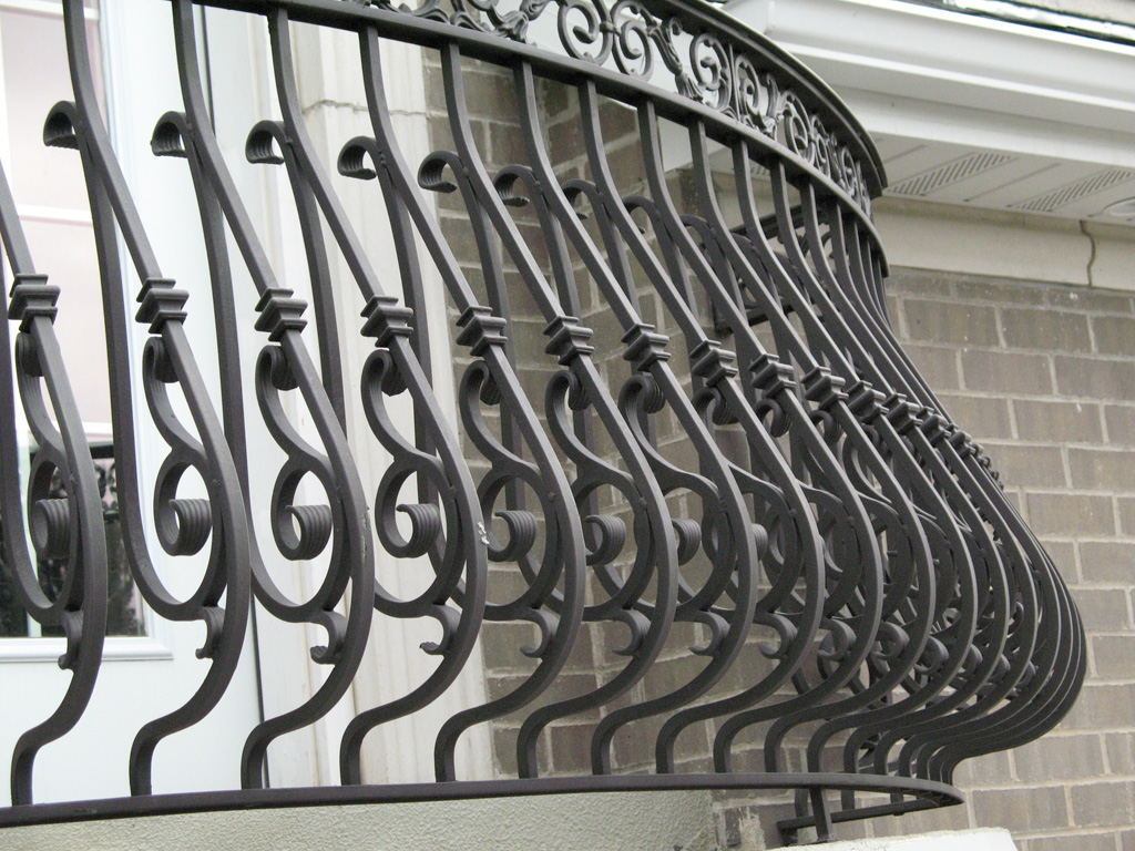 iron-anvil-railing-belly-rail-double-top-square-casting-hopkins-in-highland-8