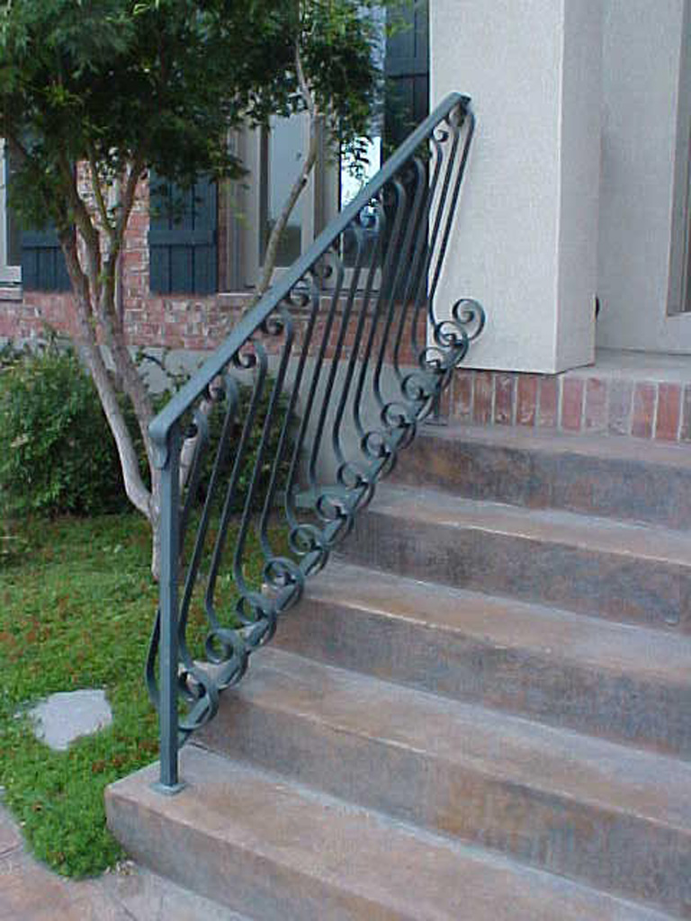 iron-anvil-railing-belly-rail-single-top-flat-bar-s-scroll-pepperwood