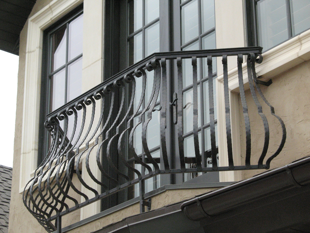iron-anvil-railing-belly-rail-single-top-flat-bar-scroll-top-integrated-mcdowell-5-2