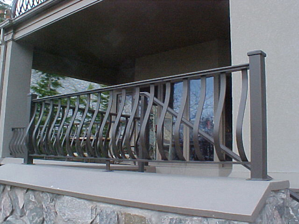 iron-anvil-railing-belly-rail-single-top-flat-bar-simplicity-belly-rail-5