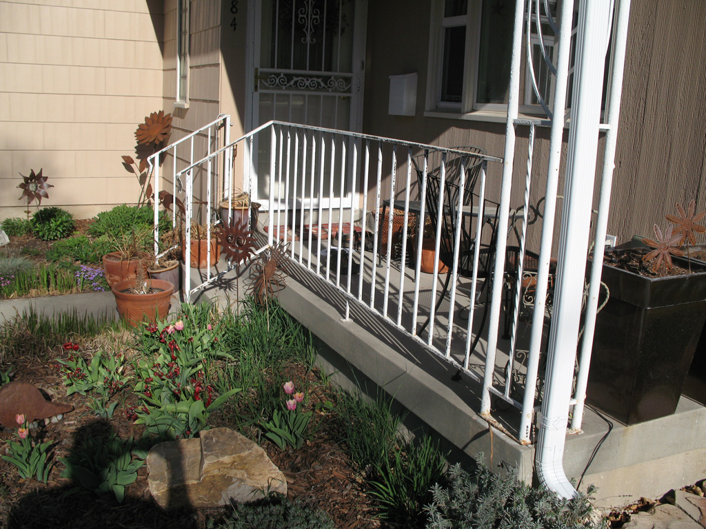 iron-anvil-railing-belly-rail-single-top-flat-bar-sugarhouse-before-3