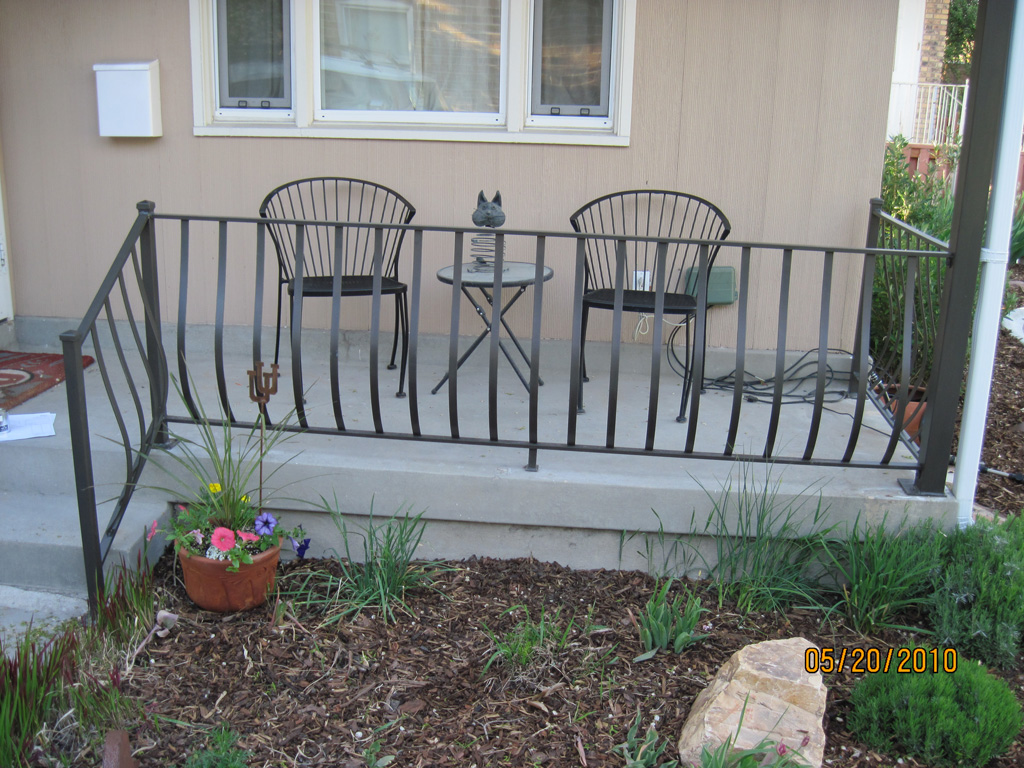 iron-anvil-railing-belly-rail-single-top-flat-bar-sugarhouse-makeover-1
