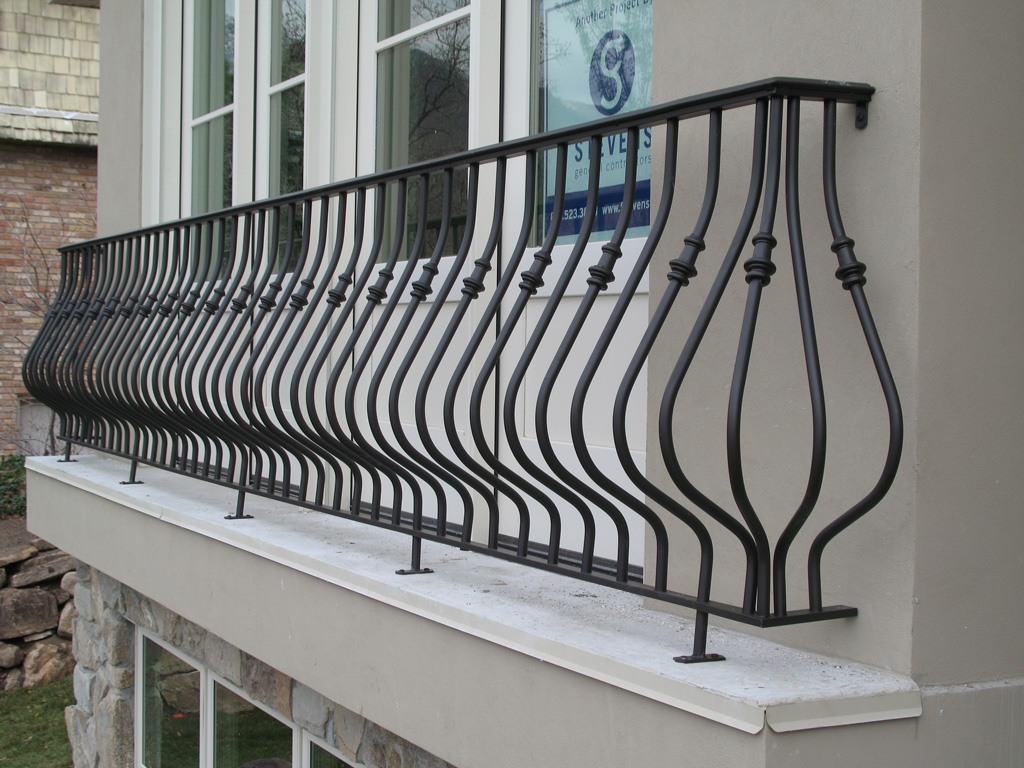 iron-anvil-railing-belly-rail-single-top-round-collars-jensen-job-13682-justin-collars