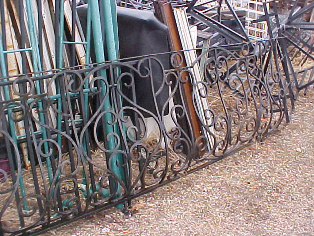 iron-anvil-railing-belly-rail-single-top-square-european-wilson-vern-1