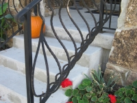 iron-anvil-railing-belly-rail-single-top-square-xx-xxxx-embossed