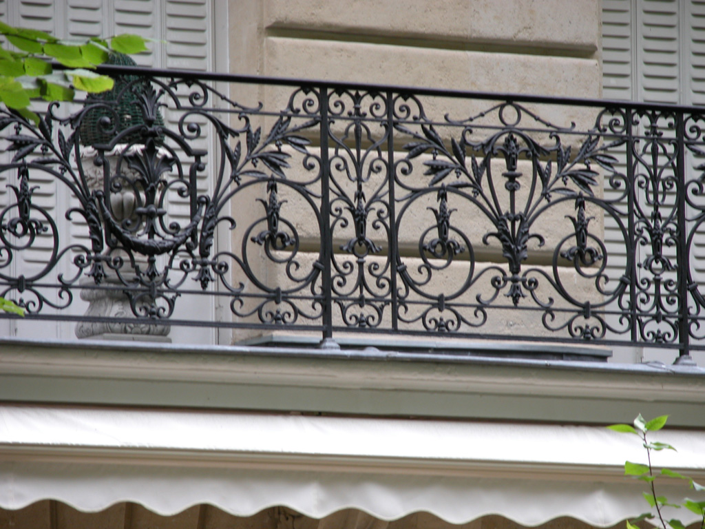 iron-anvil-railing-by-others-european-france-paris-263-1