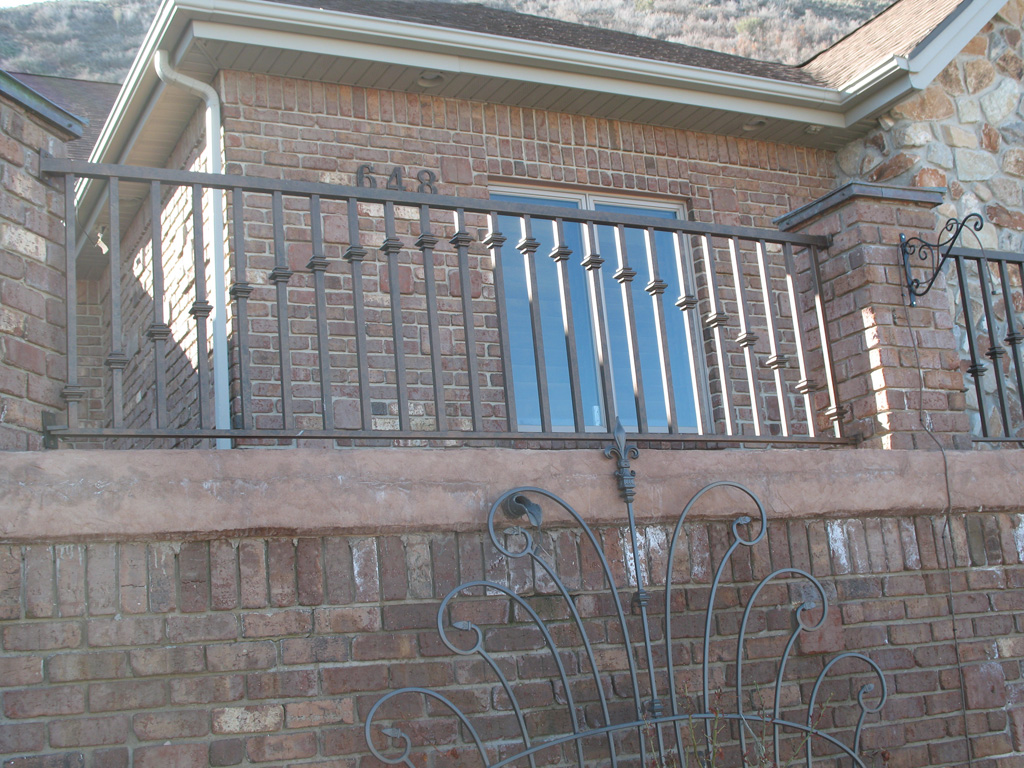 iron-anvil-railing-by-others-img-2892-17