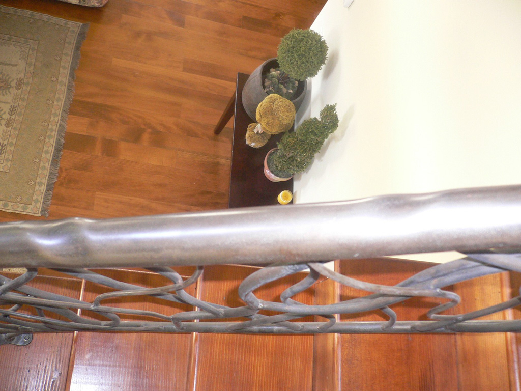 iron-anvil-railing-by-others-jensen-carmille-14336-fram-house-rail-sitting-area-006-1