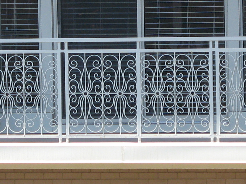 iron-anvil-railing-by-others-slc-downtown-2-3