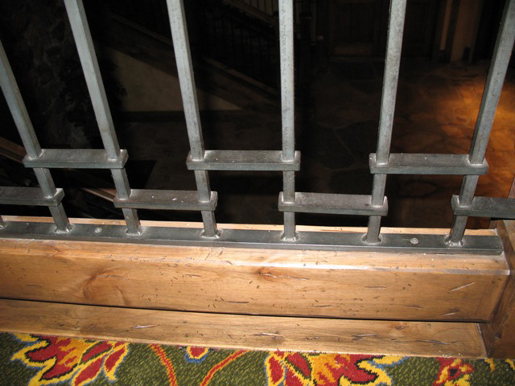 iron-anvil-railing-by-others-stien-erickson-lodge-3
