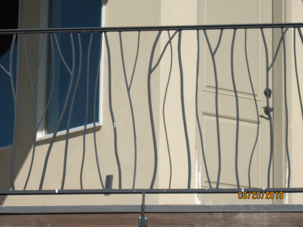 iron-anvil-railing-by-others-twig-rail-by-others-2-3