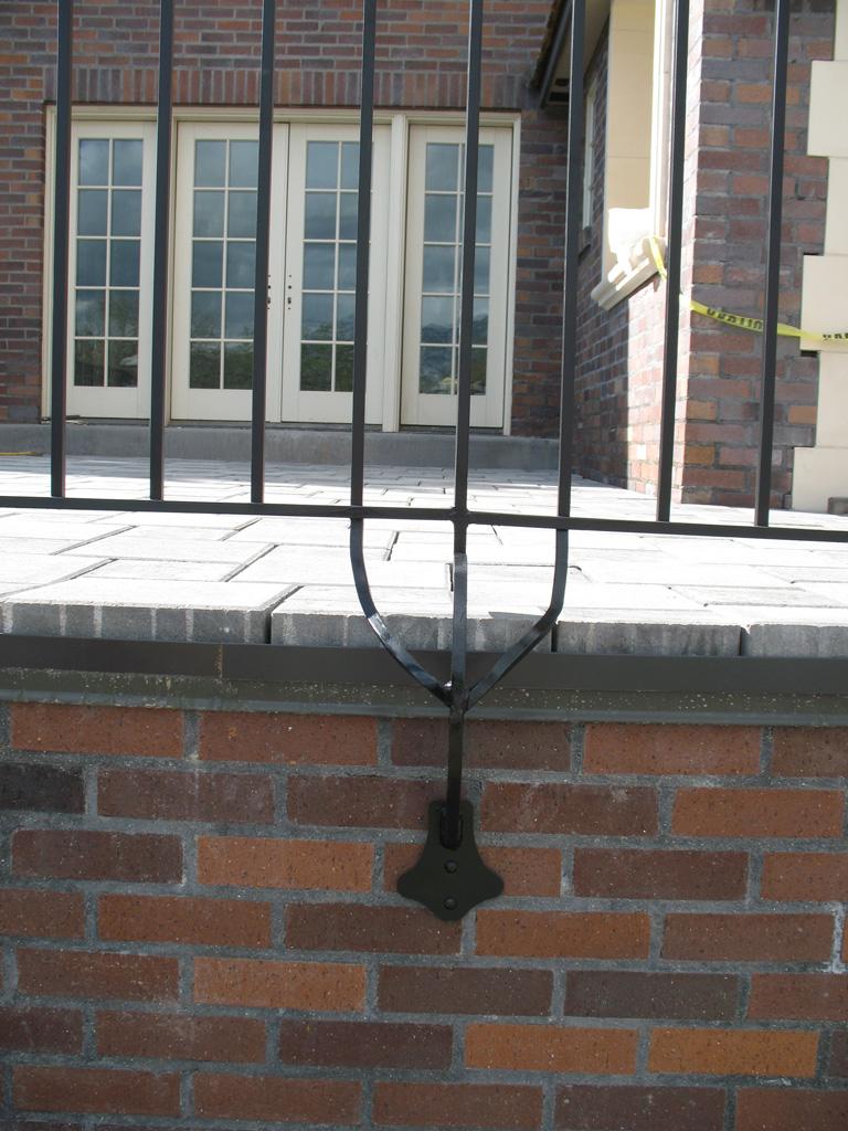 iron-anvil-railing-double-top-simple-hardy-kim-job-13746-2