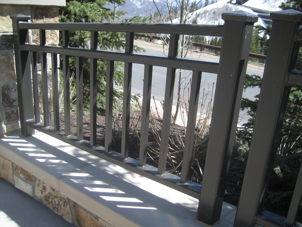 iron-anvil-railing-double-top-simple-heavy-tube-look-st-regis-10-0914-deer-crest-by-others