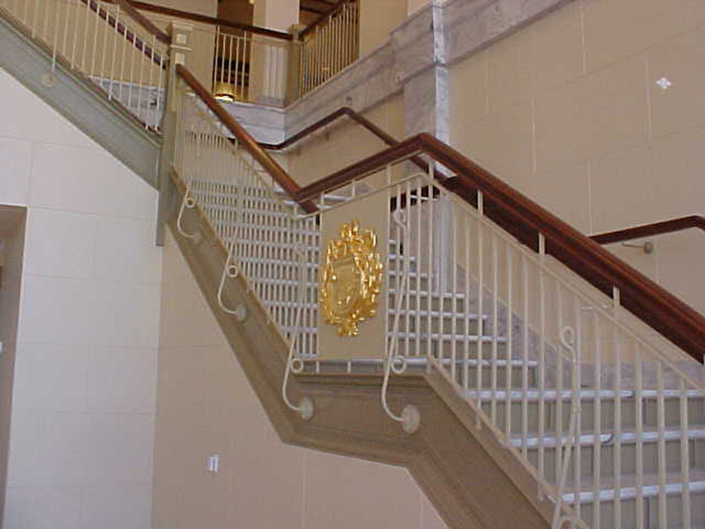 iron-anvil-railing-double-top-simple-state-capitol-entry-2