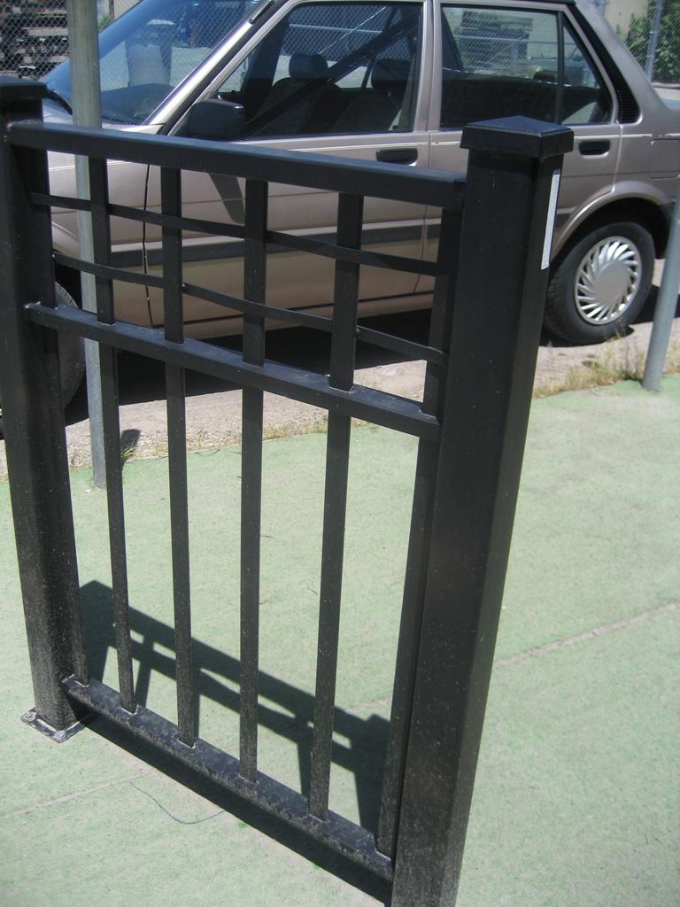 iron-anvil-railing-double-top-valance-misc-lattice-top