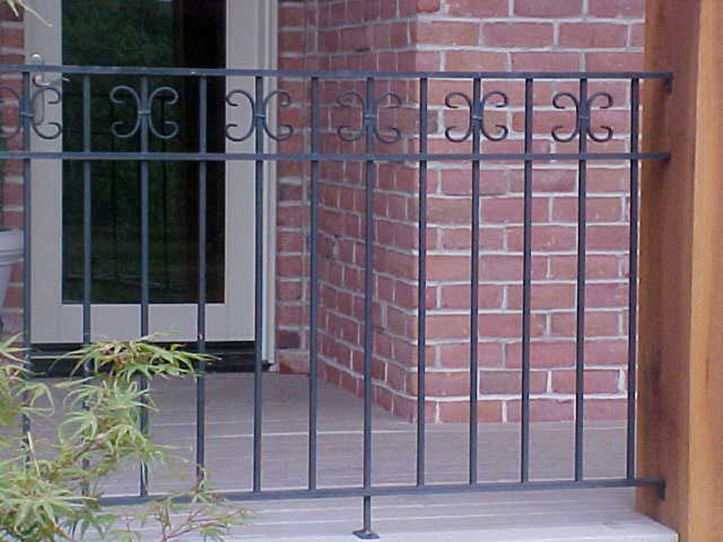 iron-anvil-railing-double-top-valance-steel-scrolls-10-1496-gledhill-pepperwood13-4