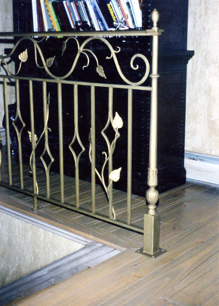 iron-anvil-railing-double-top-valance-vine-12-0099-c-5