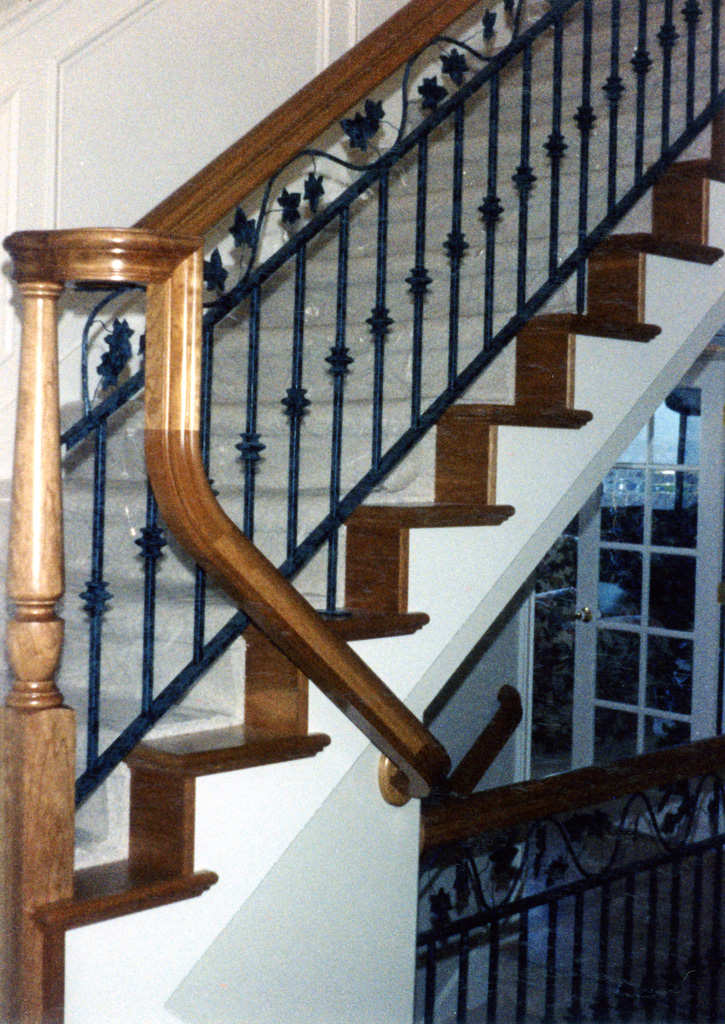 iron-anvil-railing-double-top-valance-vine-12-xx01-a-3