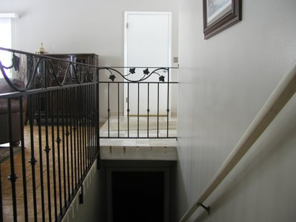 iron-anvil-railing-double-top-valance-vine-kirk-valance-vine-rail-ivy-collars-13410-1