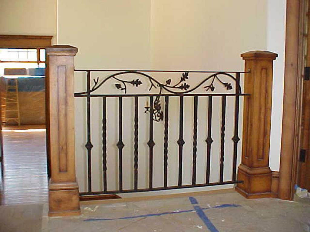 iron-anvil-railing-double-top-valance-vine-sletta-valance-vine-2