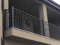 iron-anvil-railing-double-top-collars-2