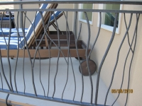 iron-anvil-railing-double-top-twig-rail-blake-immigration-by-others-3