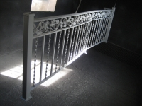 iron-anvil-railing-double-top-valance-casting-twist-chateau-on-the-green-6