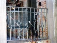 iron-anvil-railing-double-top-vine-diamond-12-0097