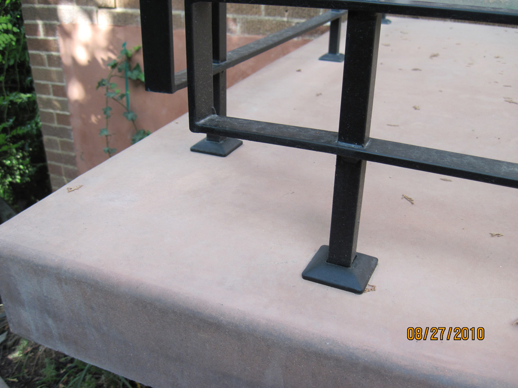 iron-anvil-railing-horizontal-flat-bar-bronston-ken-mary-hand-rail-and-railing-2-3