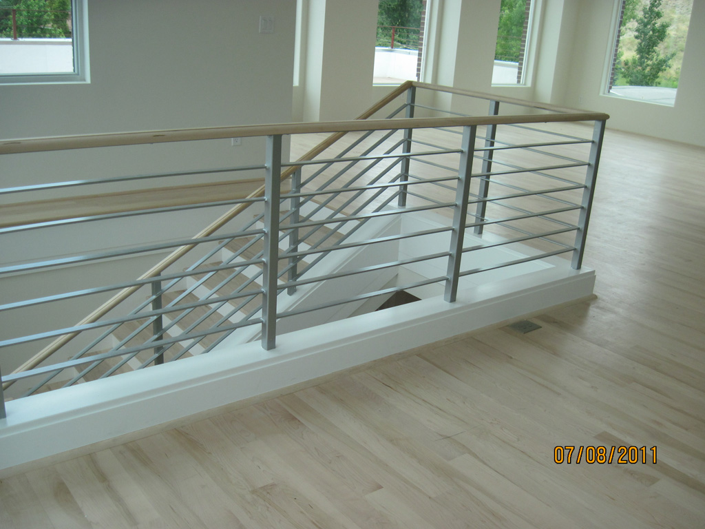 iron-anvil-railing-horizontal-flat-bar-steel-pattern-urban-h-street-unit-b-12