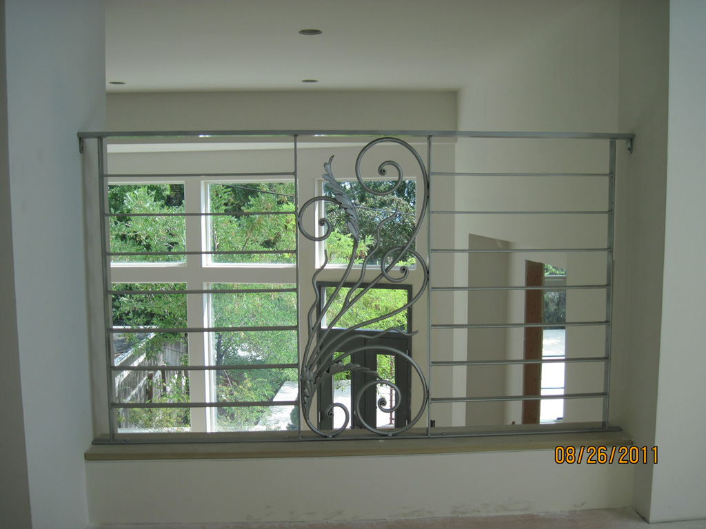 iron-anvil-railing-horizontal-flat-bar-steel-pattern-urban-h-street-unit-b-5
